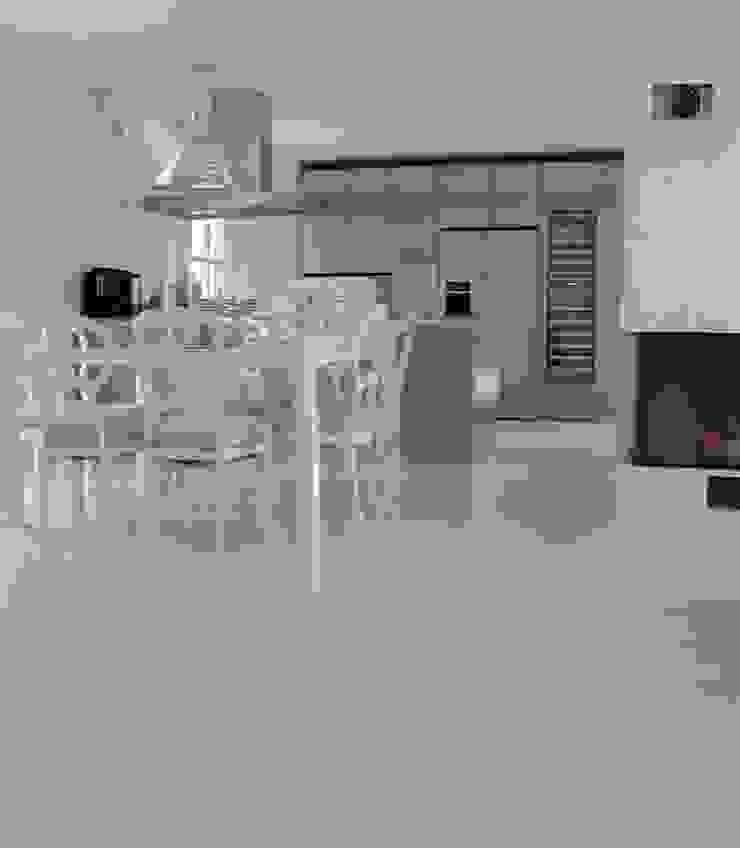 fugenloser Fußboden Moderne Esszimmer von Savamea   edel - mineralisch - fugenlos Modern