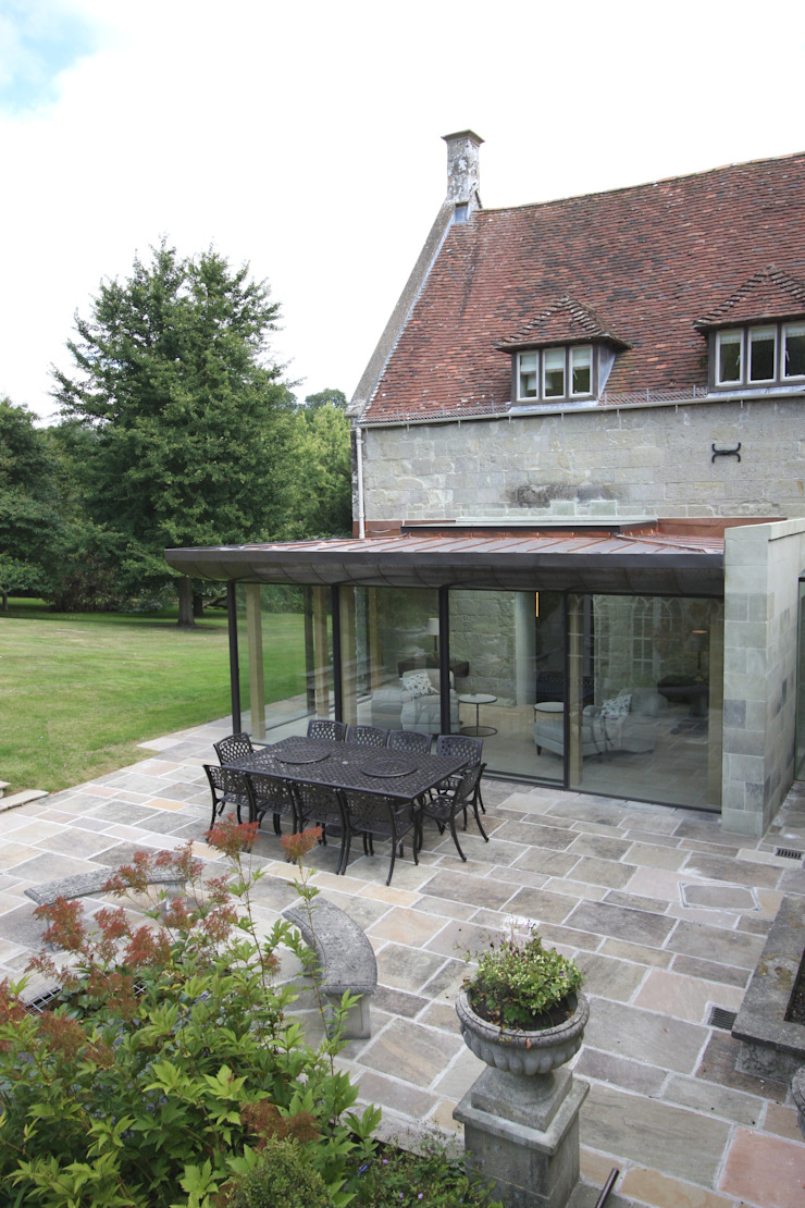 Ansty Manor Eclectic style living room by IQ Glass UK Eclectic