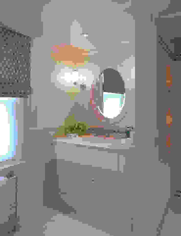 Belgravia Salle de bain classique par Meltons Classique