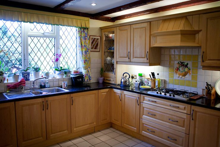 Barnet Interior Design Country style kitchen by RS Architects Country