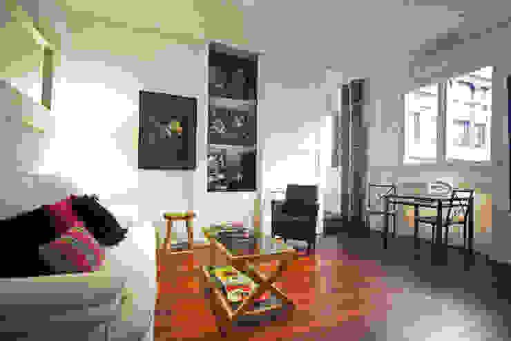 Vista de salón a Dormitorio Salones de estilo ecléctico de Ametrica & Interior, S.L. Ecléctico