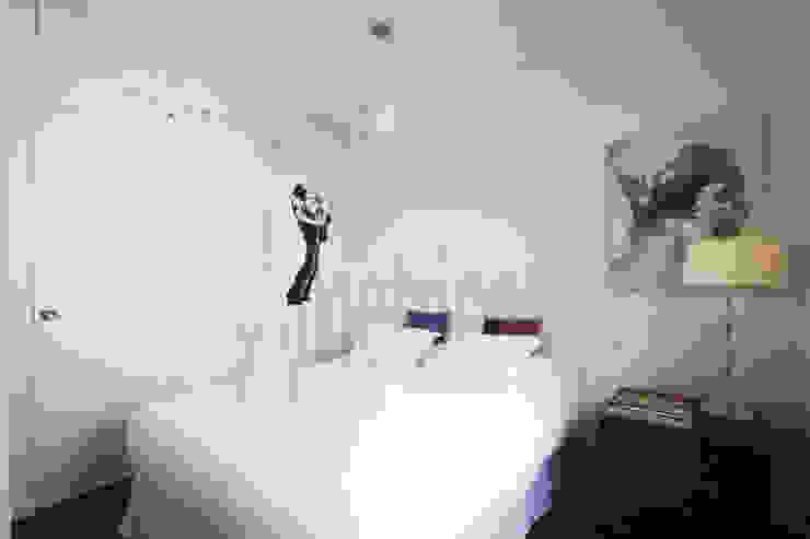 Dormitorio Dormitorios de estilo ecléctico de Ametrica & Interior, S.L. Ecléctico