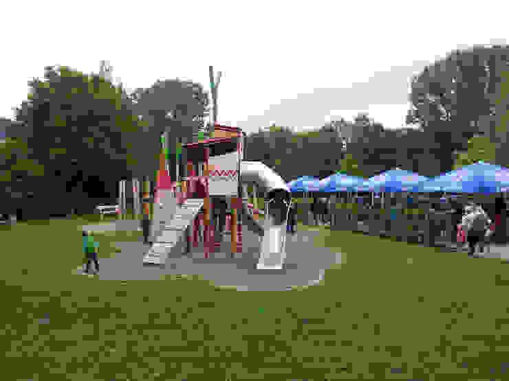 """Kletter- und Spiellandschaft """"An der Schließ"""", Zweibrücken von Planungsbüro STEFAN LAPORT Landhaus"""