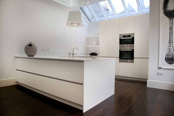 Historic House, Notting Hill, London Classic style kitchen by 4D Studio Architects and Interior Designers Classic