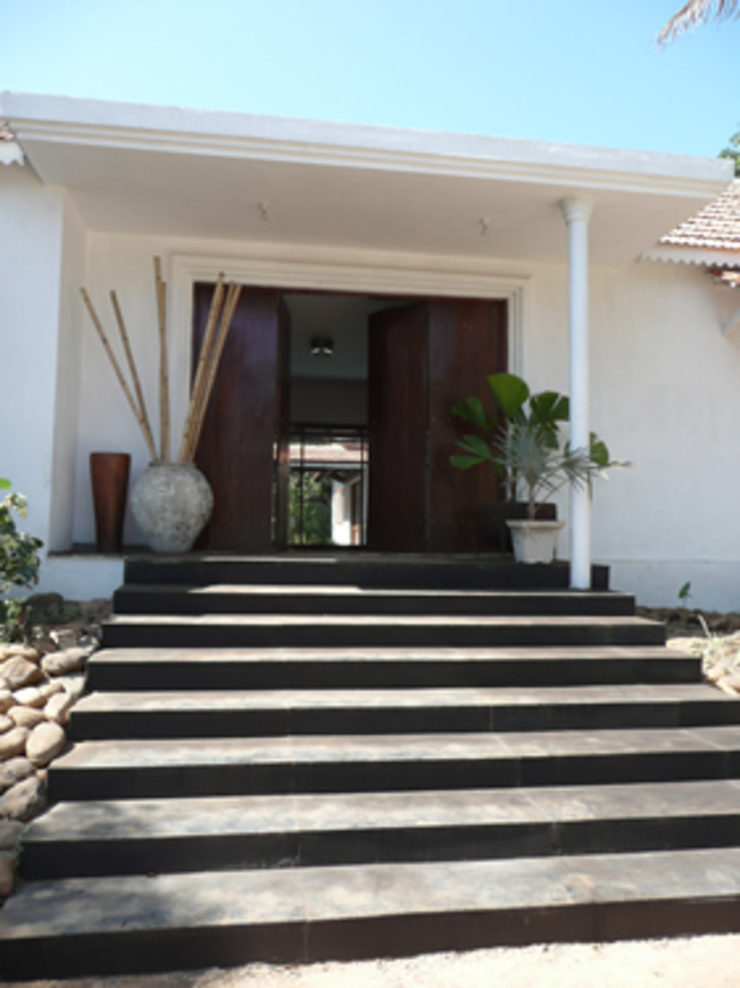 Two Houses in Goa Eclectic style houses by 4D Studio Architects and Interior Designers Eclectic