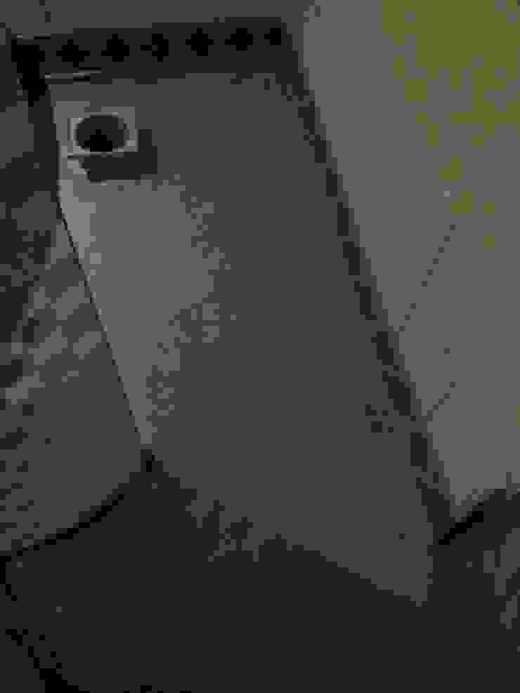 Ebenerdige Dusche Badezimmer von Stuck Hallmann