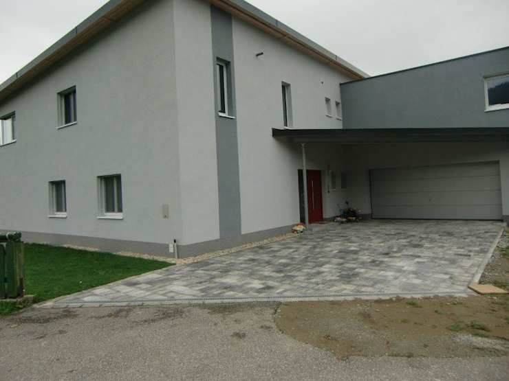 Austria House - Entrance Modern houses by Amorphous Design Ltd Modern