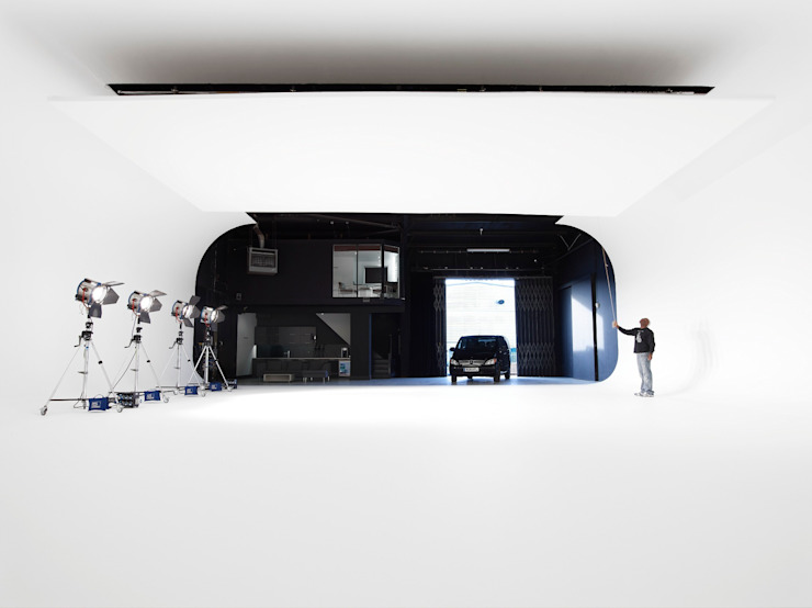 Park Royal Studios Modern commercial spaces by Amorphous Design Ltd Modern
