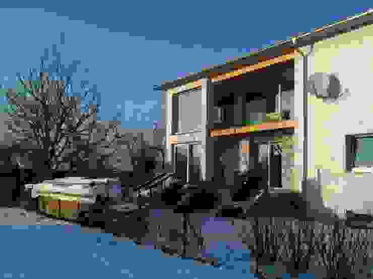 Austria House - Exterior Modern houses by Amorphous Design Ltd Modern