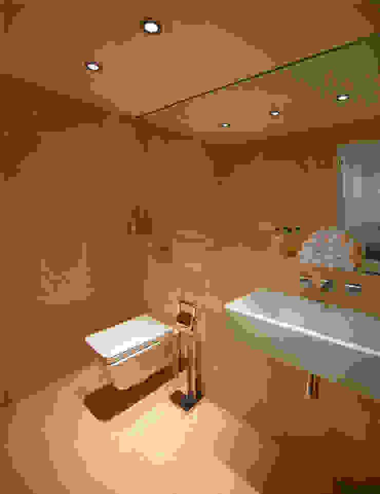 Par Royal Studios - Bath Room Modern bathroom by Amorphous Design Ltd Modern