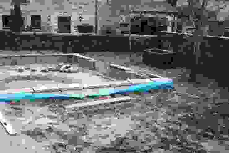 During Modern garden by Bestall & Co Landscape Design Ltd Modern