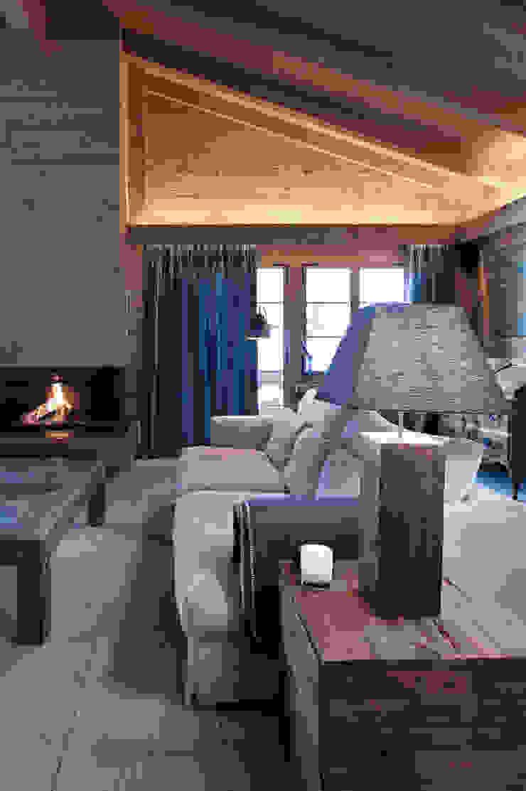Chalet Gstaad Ruang Keluarga Gaya Rustic Oleh Ardesia Design Rustic