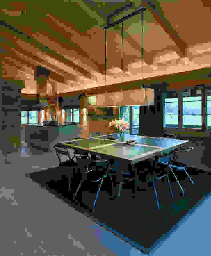 Chalet Gstaad 根據 Ardesia Design 田園風
