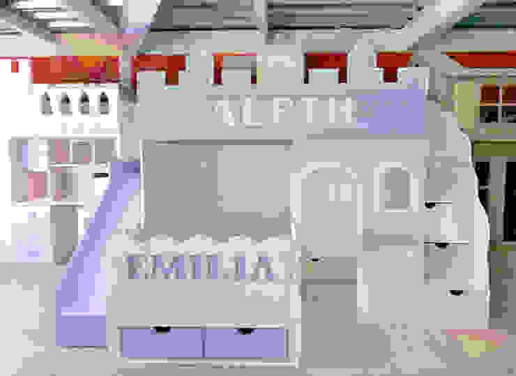 Preciosa litera castillo de acomodo transversal de camas y literas infantiles kids world Clásico