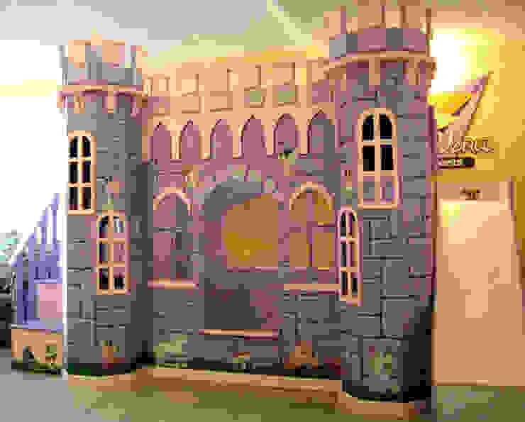 Elegante castillo morado de camas y literas infantiles kids world Clásico