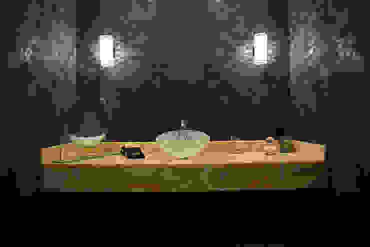 حمام تنفيذ Erika Winters® Design,