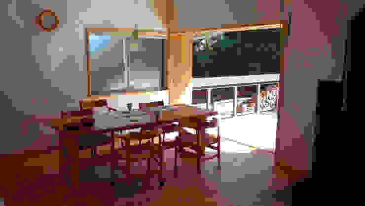 薪小屋の近くのリビング オリジナルな 庭 の T設計室一級建築士事務所/tsekkei オリジナル