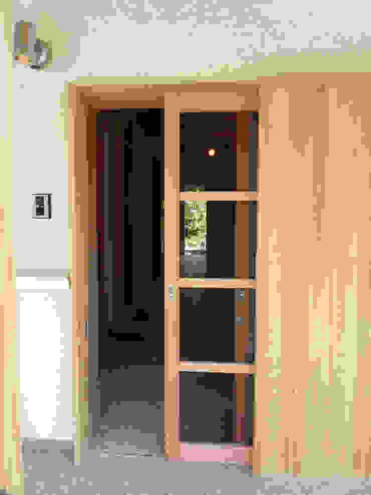 木製玄関戸 オリジナルな 窓&ドア の T設計室一級建築士事務所/tsekkei オリジナル