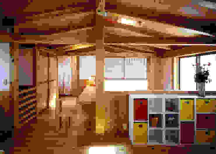 庭に開く、棟もち柱の家 オリジナルデザインの 子供部屋 の T設計室一級建築士事務所/tsekkei オリジナル
