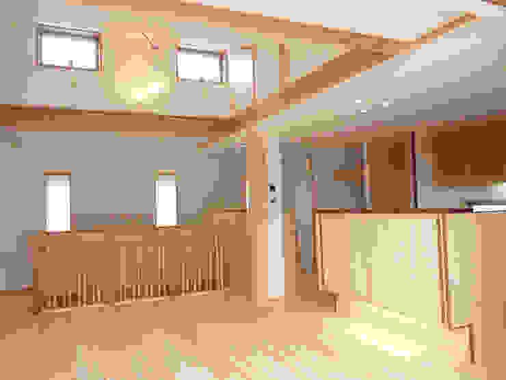 ドミノ住宅 モダンデザインの 多目的室 の T設計室一級建築士事務所/tsekkei モダン