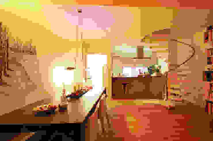 Offene Küche Moderne Esszimmer von Wohnwert Innenarchitektur Modern