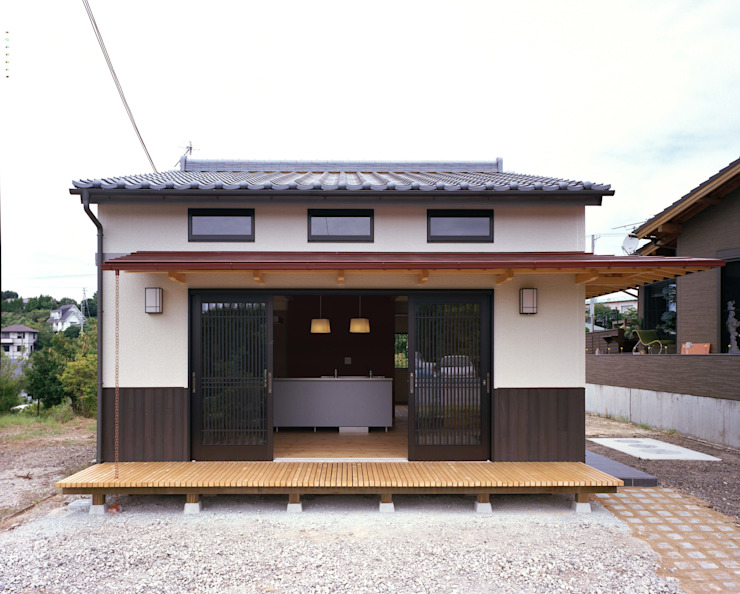 Eclectic style houses by 株式会社 遊墨設計 Eclectic