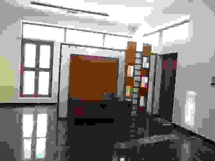 Residence of Mr.Shyam: modern  by Hasta architects,Modern