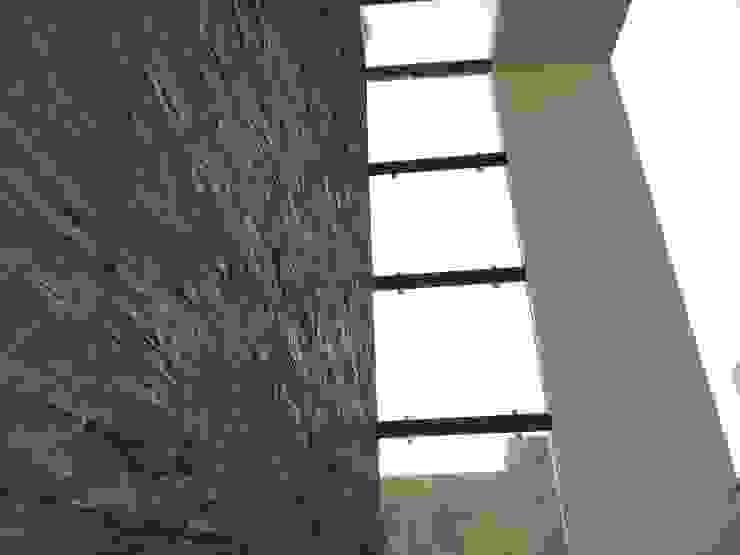 Residence of Mr.Shyam Modern balcony, veranda & terrace by Hasta architects Modern