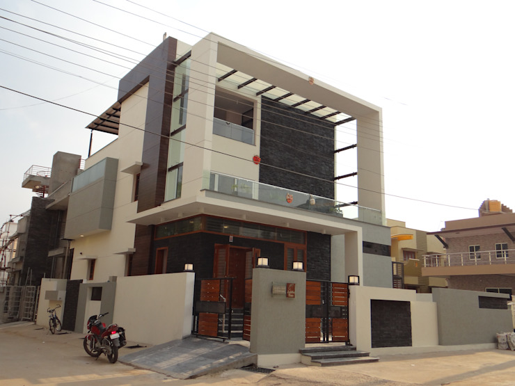 Residence of Mr.Shyam Modern houses by Hasta architects Modern