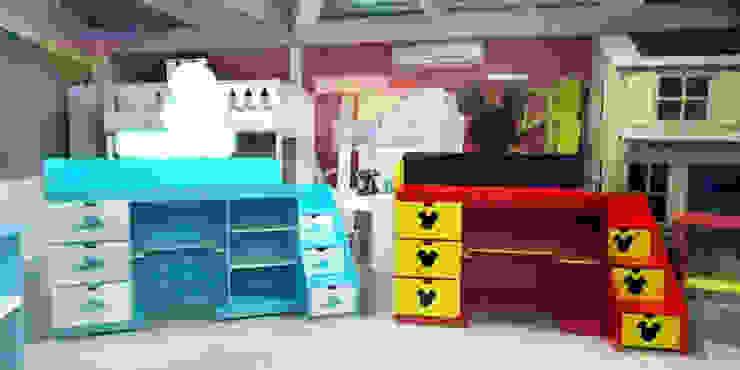 Mesas de exploracion de camas y literas infantiles kids world Moderno