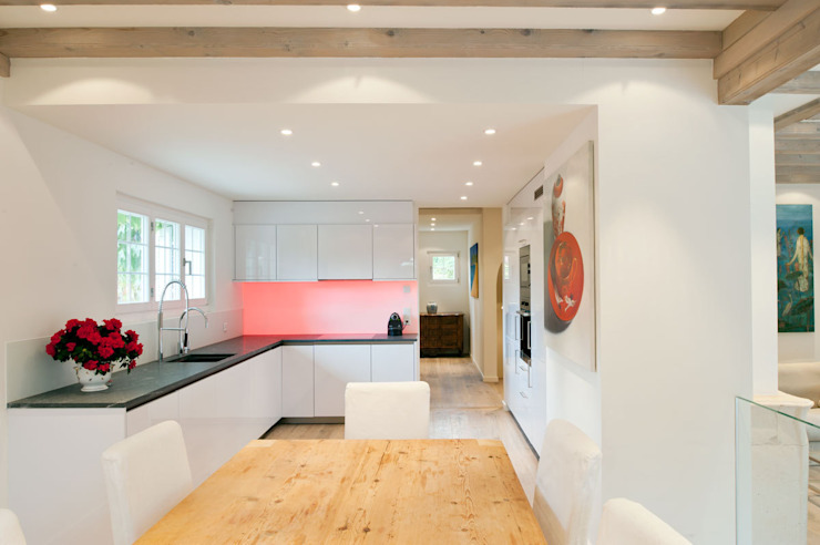 Canton De Vaud, Switzerland Ardesia Design Kitchen