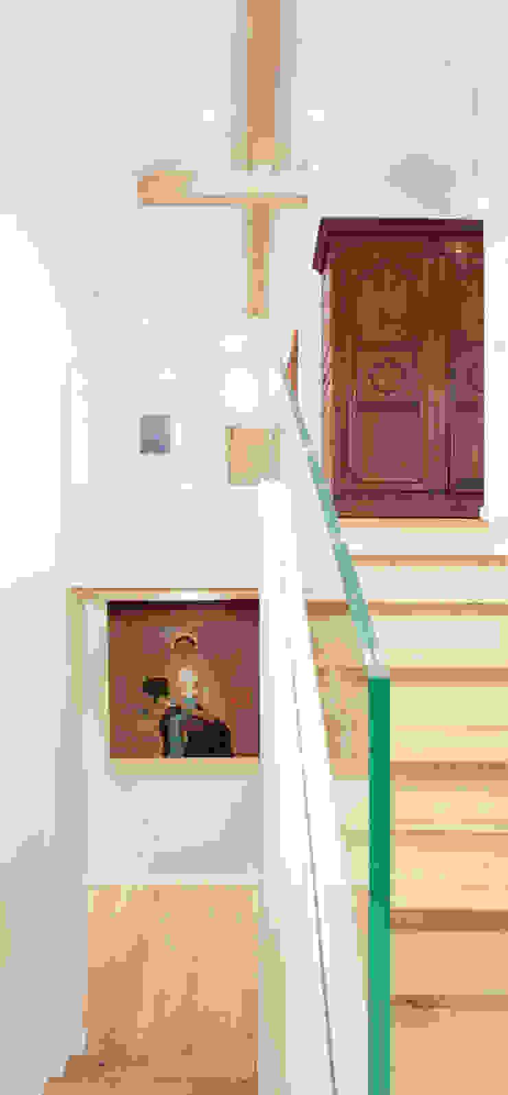 Canton De Vaud, Switzerland Ardesia Design Rustic style corridor, hallway & stairs