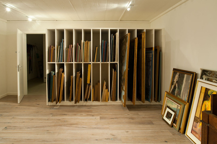 Canton De Vaud, Switzerland Ardesia Design Rustic style study/office