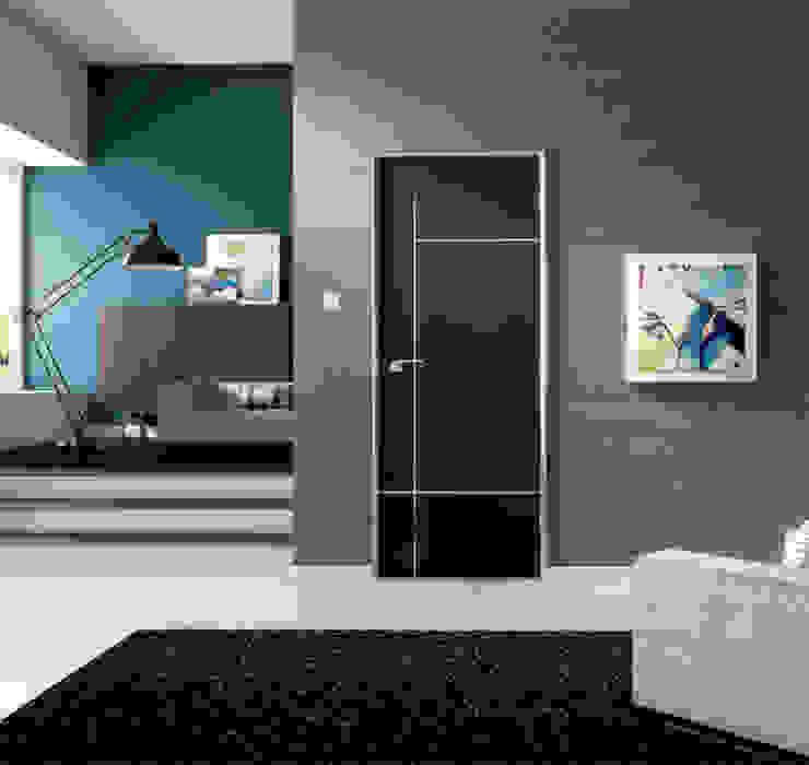 Caserta Wenge Internal Door de homify Moderno