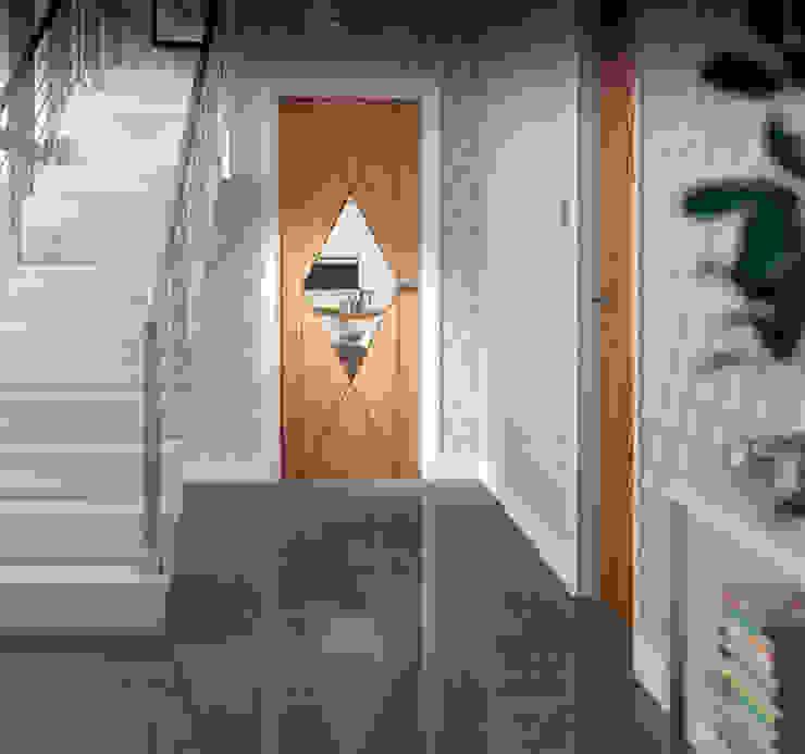 Sassari Oak Internal Door de homify Moderno Madera Acabado en madera