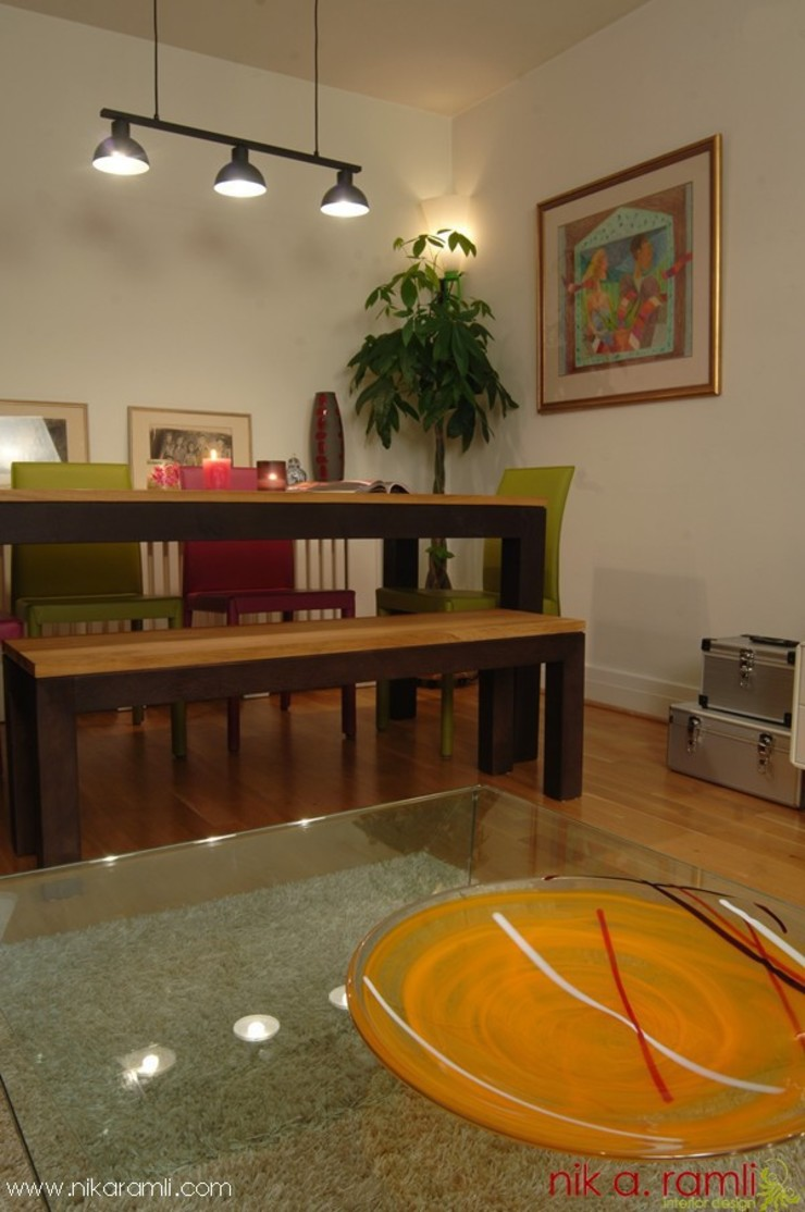 Colours Of Love Modern living room by Nik A Ramli Interior Design Modern