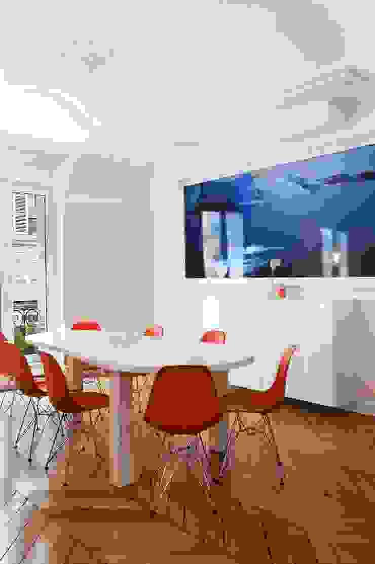Appartement 140m² Salle à manger originale par blackStones Éclectique