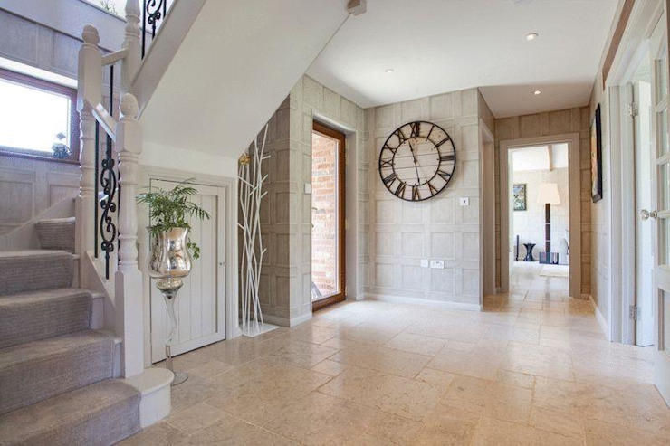 Hallway Eclectic style corridor, hallway & stairs by Stunning Spaces Ltd Eclectic