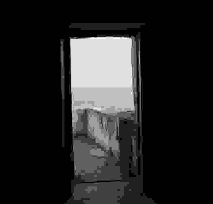 casa dentro le mura_ante operam Balcone, Veranda & Terrazza in stile mediterraneo di laboratorio di architettura - gianfranco mangiarotti Mediterraneo