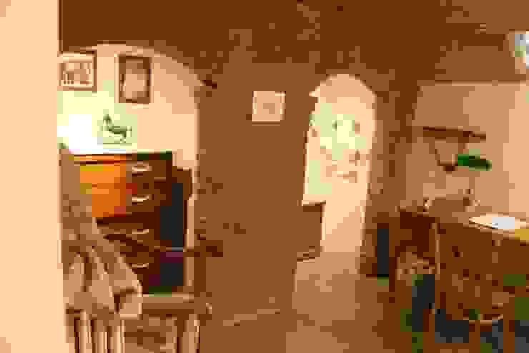 Studio Tecnico Progettisti Associati Ing. Marani Marco & Arch. Dei Claudia Ruang Studi/Kantor Gaya Eklektik