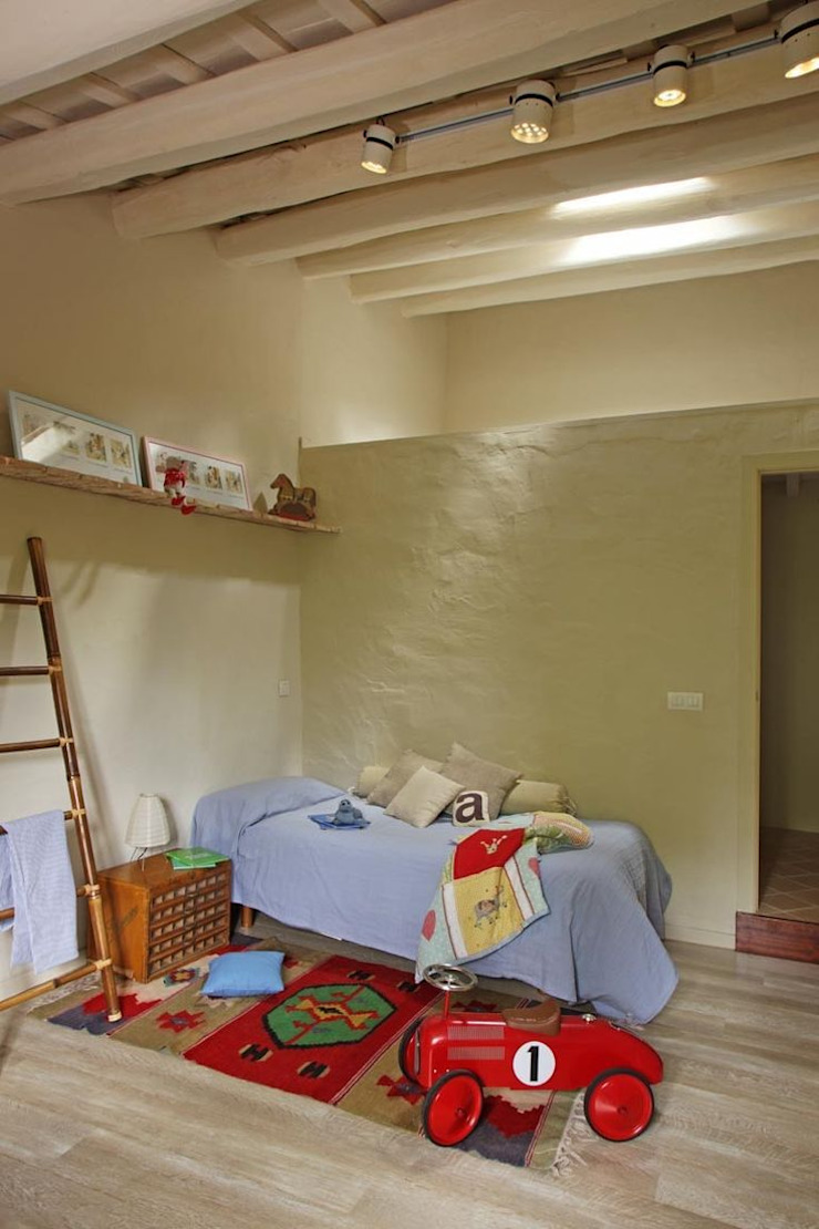 Habitación infantil de OutSide Tech Light Rústico