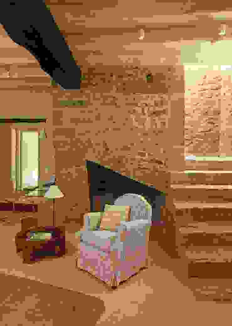 Iluminación interior en casa rústica de OutSide Tech Light Rústico