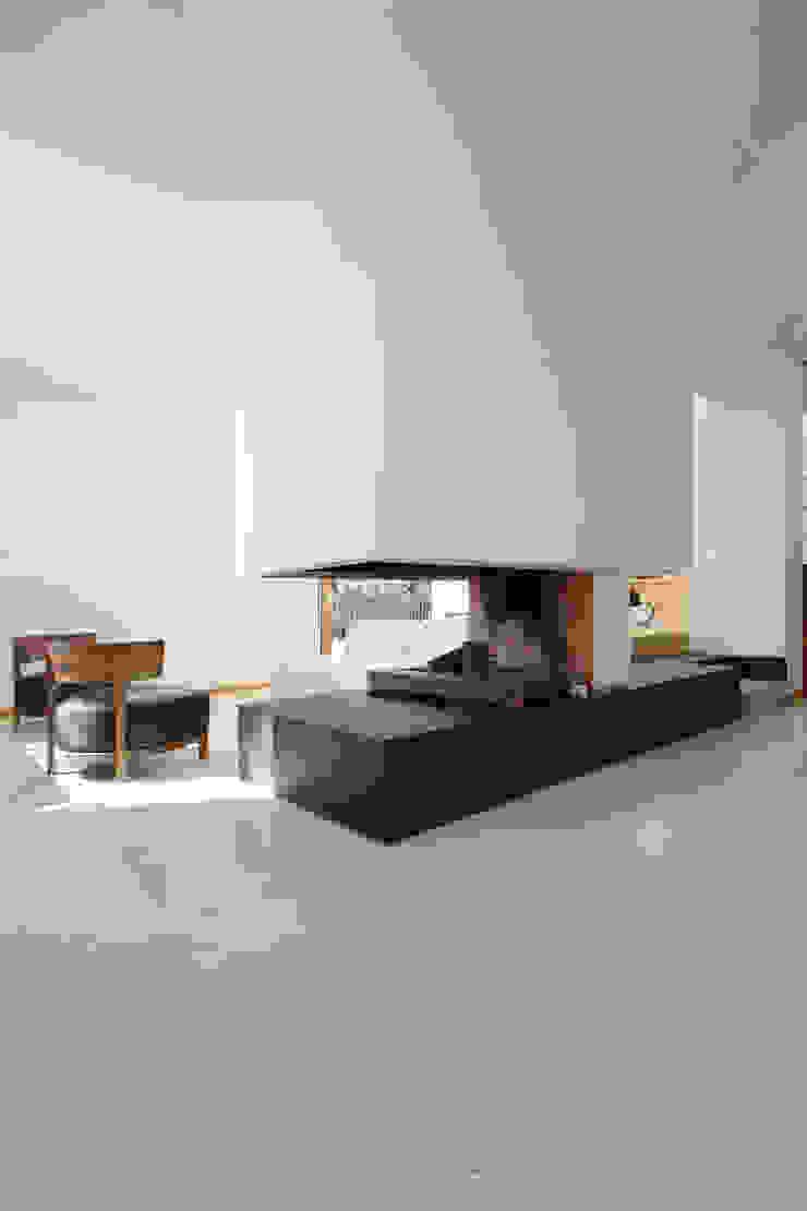 Casa sul lago di Bracciano di laboratorio di architettura - gianfranco mangiarotti Mediterraneo