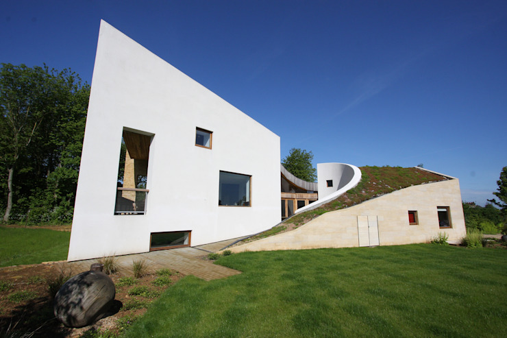 Top Street Modern living room by IQ Glass UK Modern