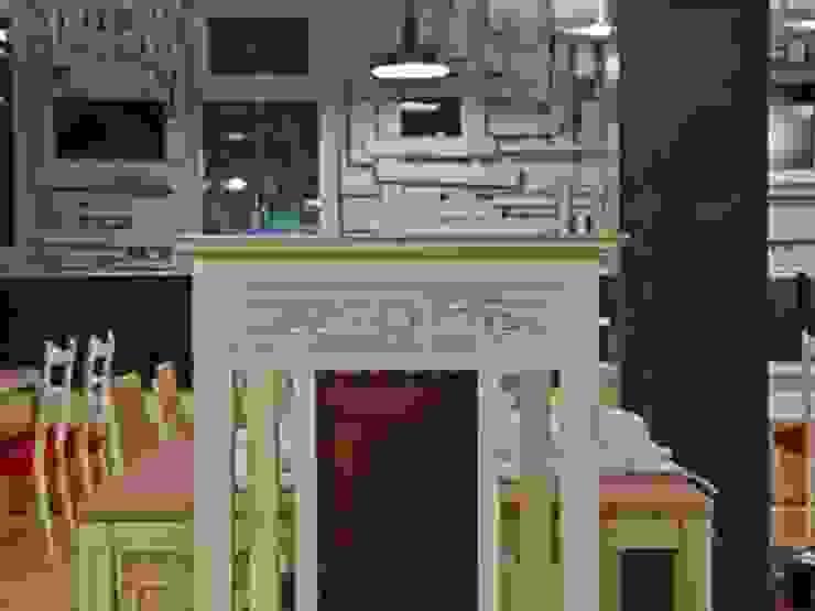 Il palco, gusto arte e incontri: Caffè letterario in Venezia Mestre Gastronomia in stile rustico di battistellArchitetti Rustico