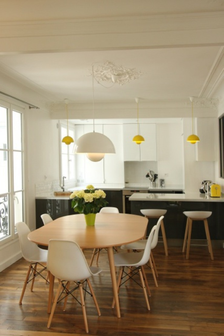 Modern dining room by Camille Hermand Architectures Modern