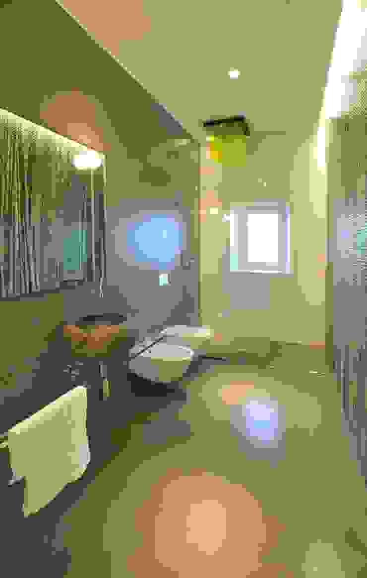 Interior Irsina_MATERA Bagno moderno di B+P architetti Moderno