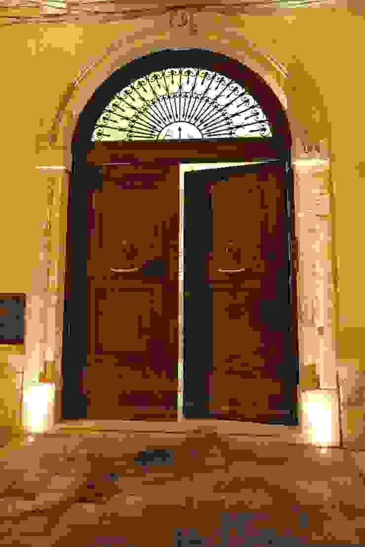 Interior Irsina_MATERA Case moderne di B+P architetti Moderno