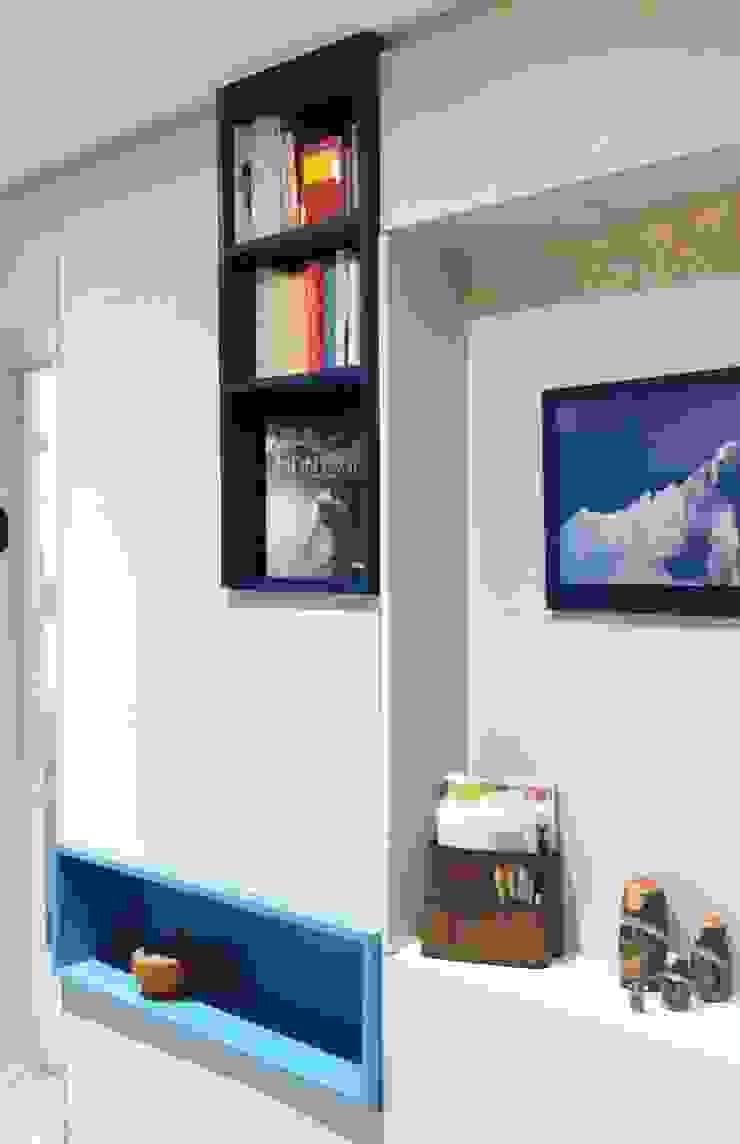Ingresso, Corridoio & Scale in stile moderno di HOME feeling Moderno