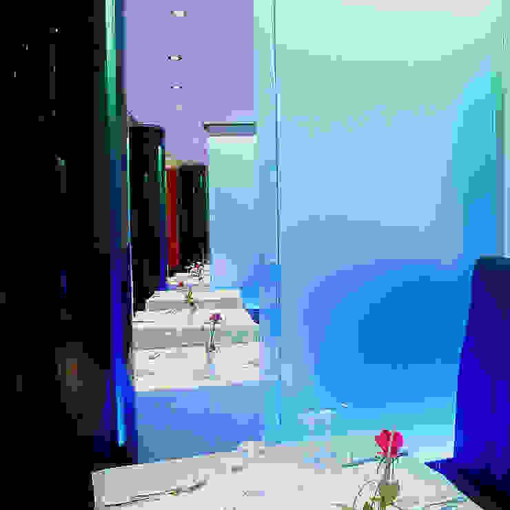 Ristorante realizzato da NIVA-line Gastronomia in stile moderno di Ni.va. Srl Moderno